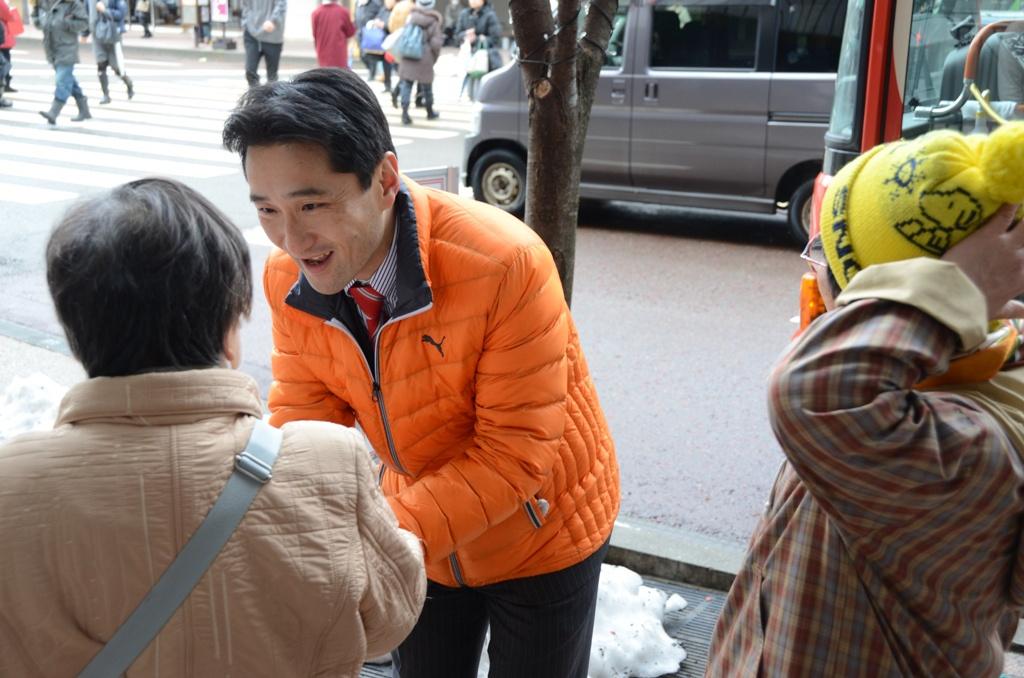 藤野宣伝17・握手